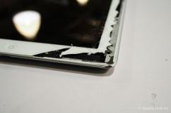 iPad 4觸控面板破裂 外殼變形